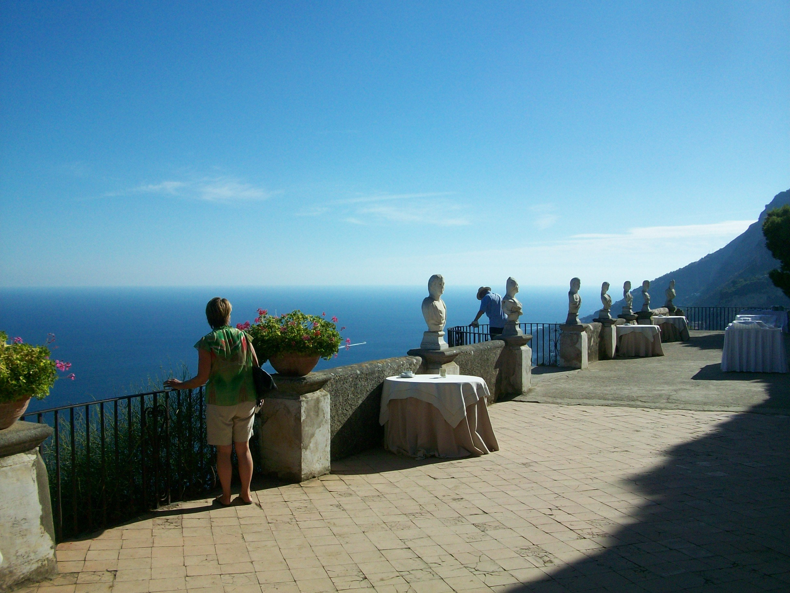 Italy share shore excursions sorrento and the amalfi for Terrace of infinity
