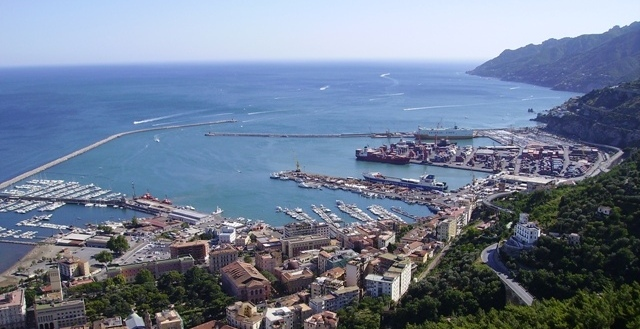 Are you coming in Salerno port by Cruise ship ? Check our tours list and enjoy your own day. The cruise port of Salerno, your starting point for great excursions
